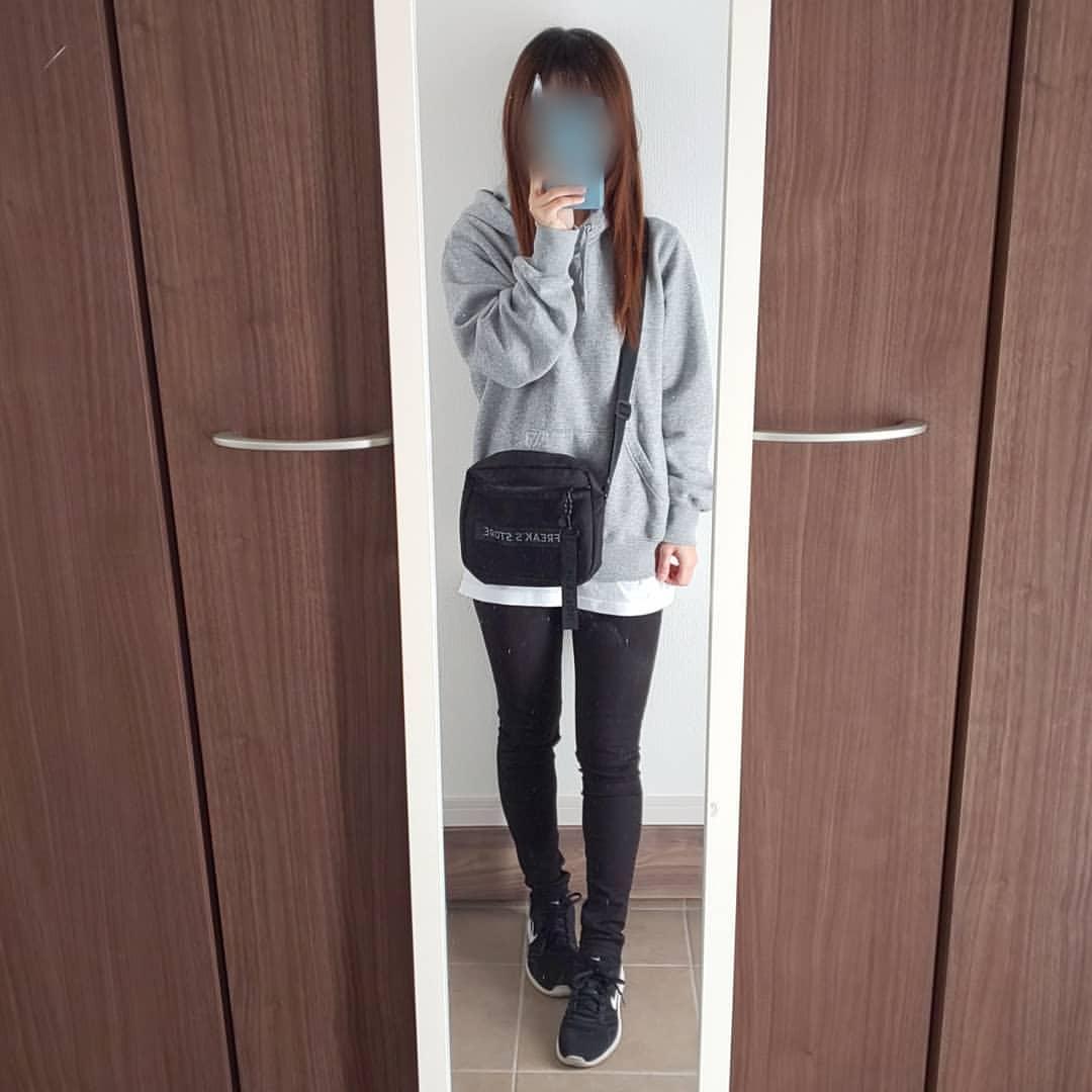 最高気温17度・最低気温6度 04_08_2mamaの服装
