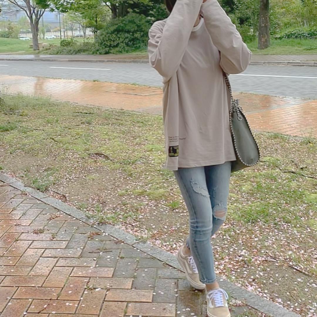最高気温18度・最低気温9度 ___.ncnの服装
