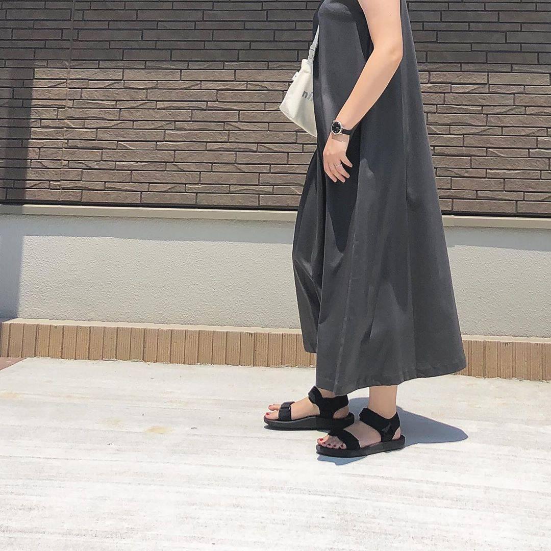 最高気温29度・最低気温21度 _mayu123_の服装