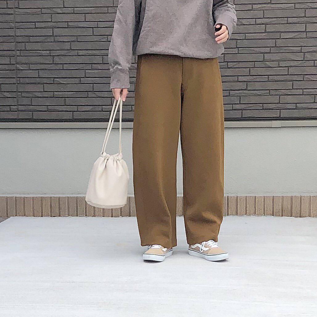 最高気温20度・最低気温13度 _mayu123_の服装