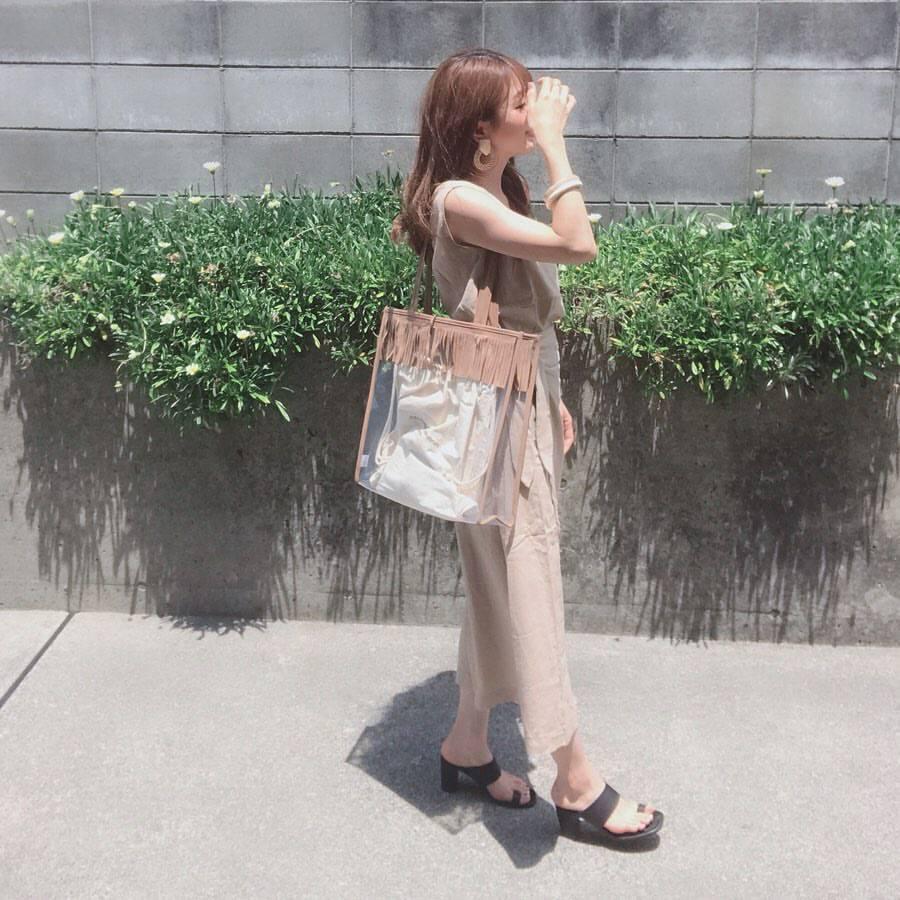 最高気温21度・最低気温18度 _ukiko___15の服装