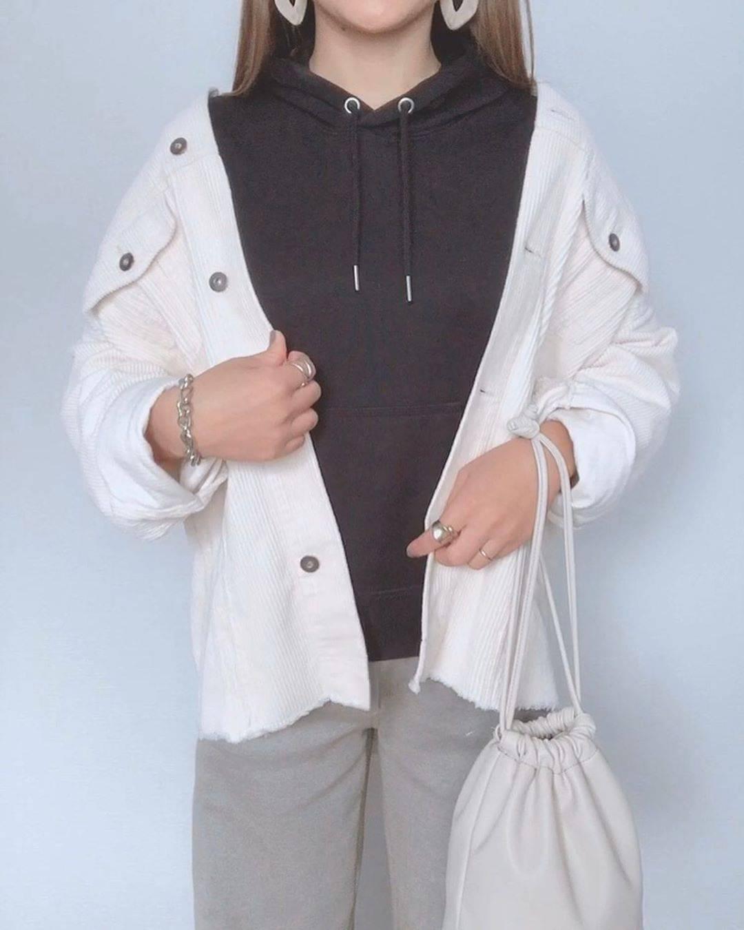 最高気温16度・最低気温12度 a8d4c4の服装