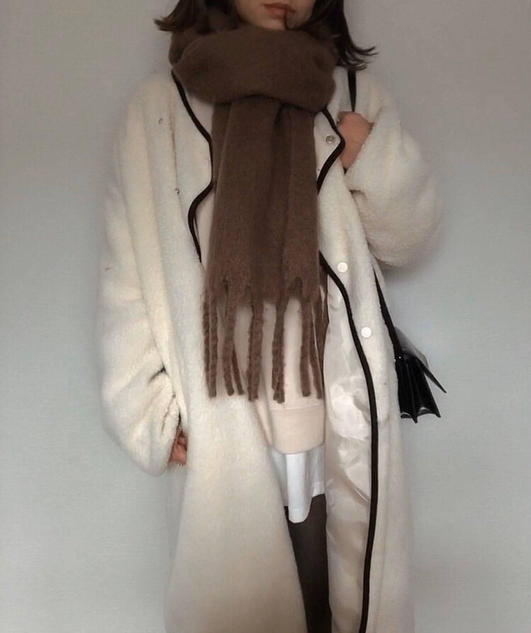 最高気温15度・最低気温6度 a8d4c4の服装