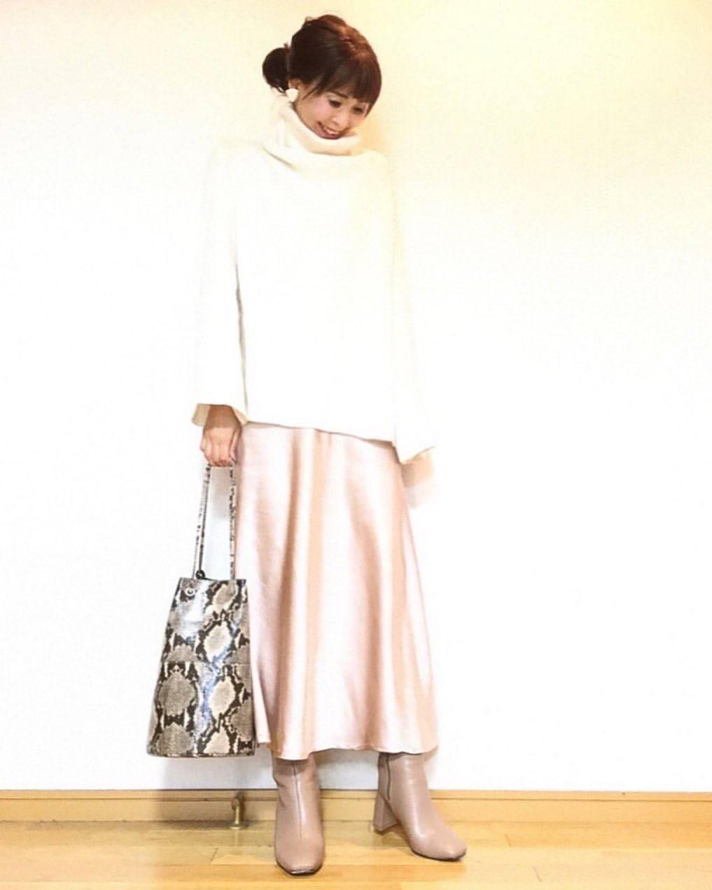 最高気温22度・最低気温12度 acmee.chiyoの服装