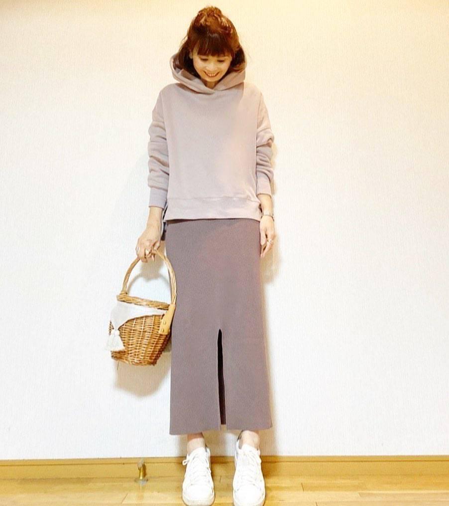 最高気温19度・最低気温7度 acmee.chiyoの服装