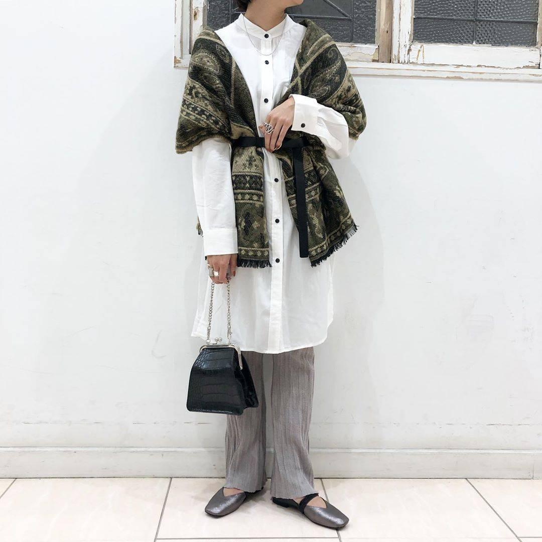 最高気温30度・最低気温21度 aikachaaanの服装