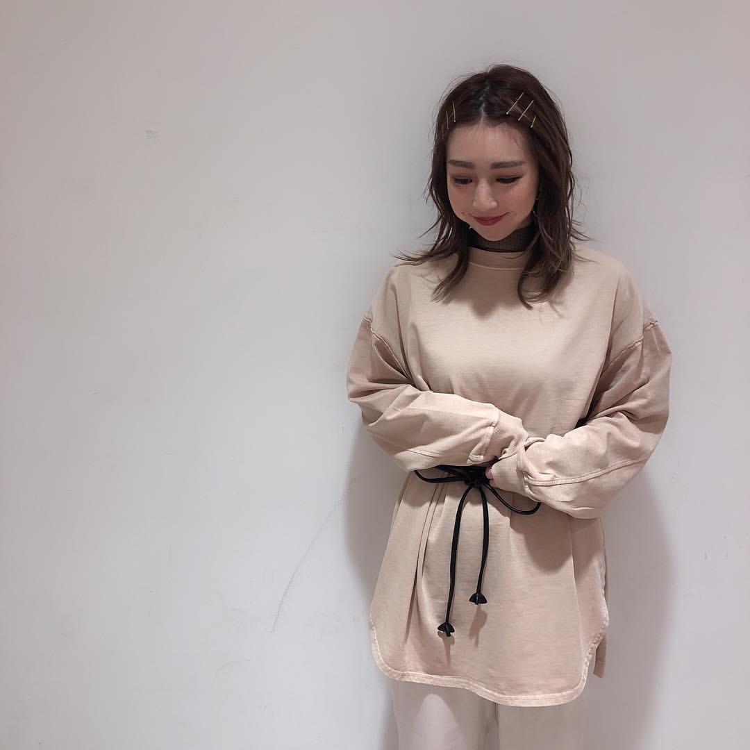 最高気温10度・最低気温4度 akaririri_1022の服装