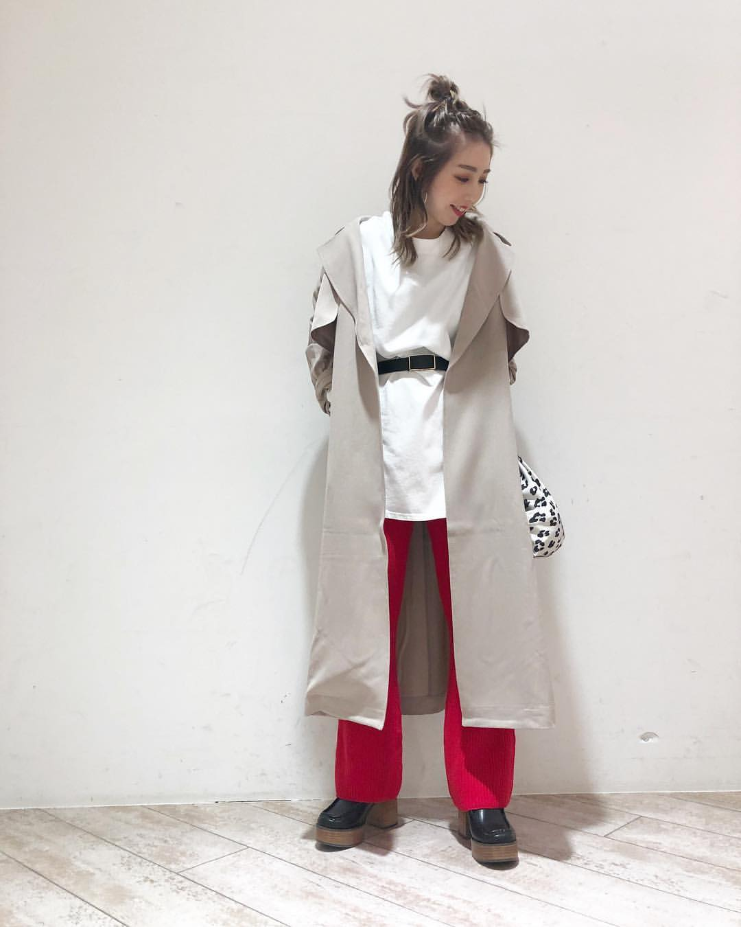 最高気温13度・最低気温6度 akaririri_1022の服装