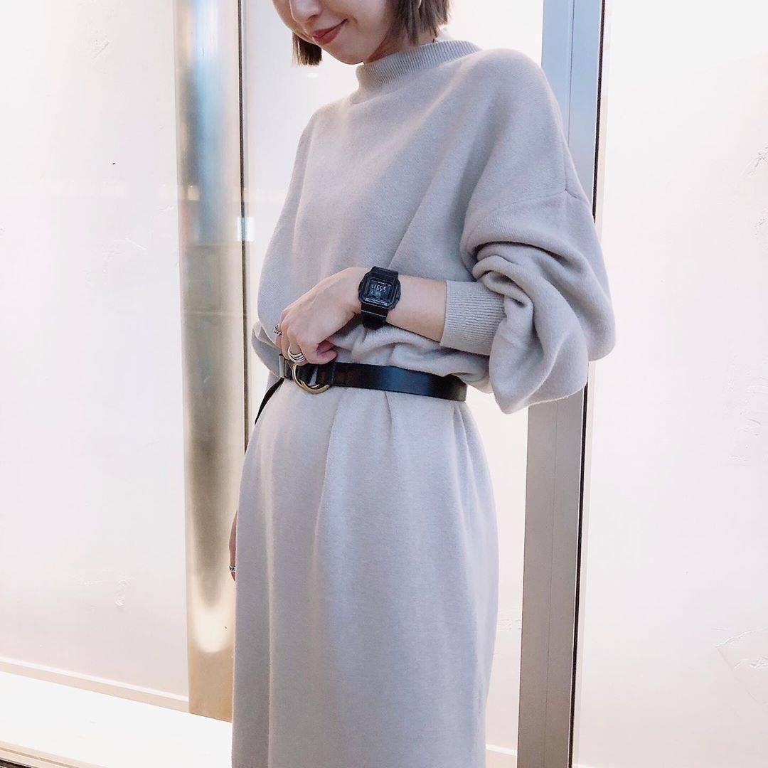 最高気温25度・最低気温17度 akaririri_1022の服装