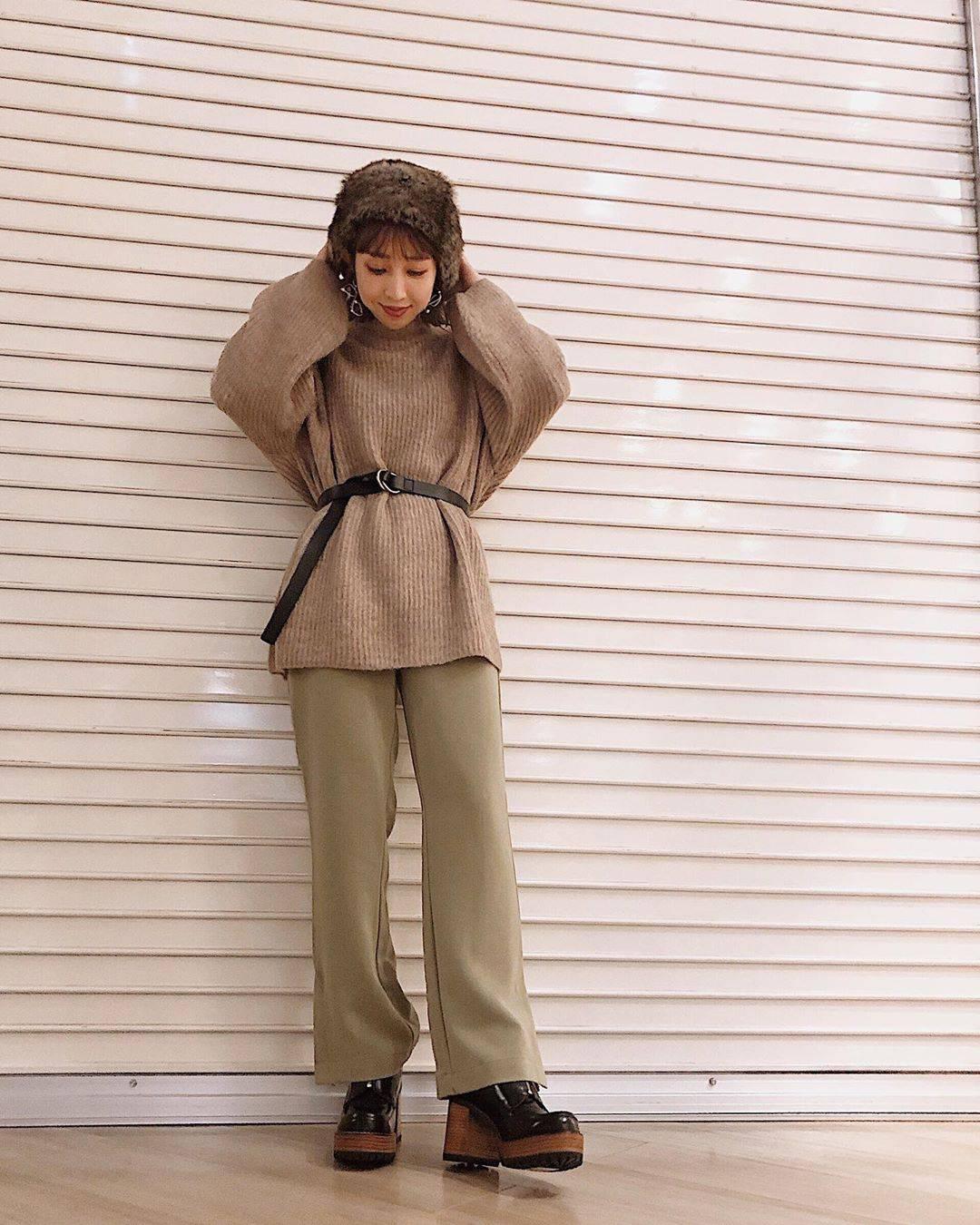 最高気温18度・最低気温7度 akaririri_1022の服装