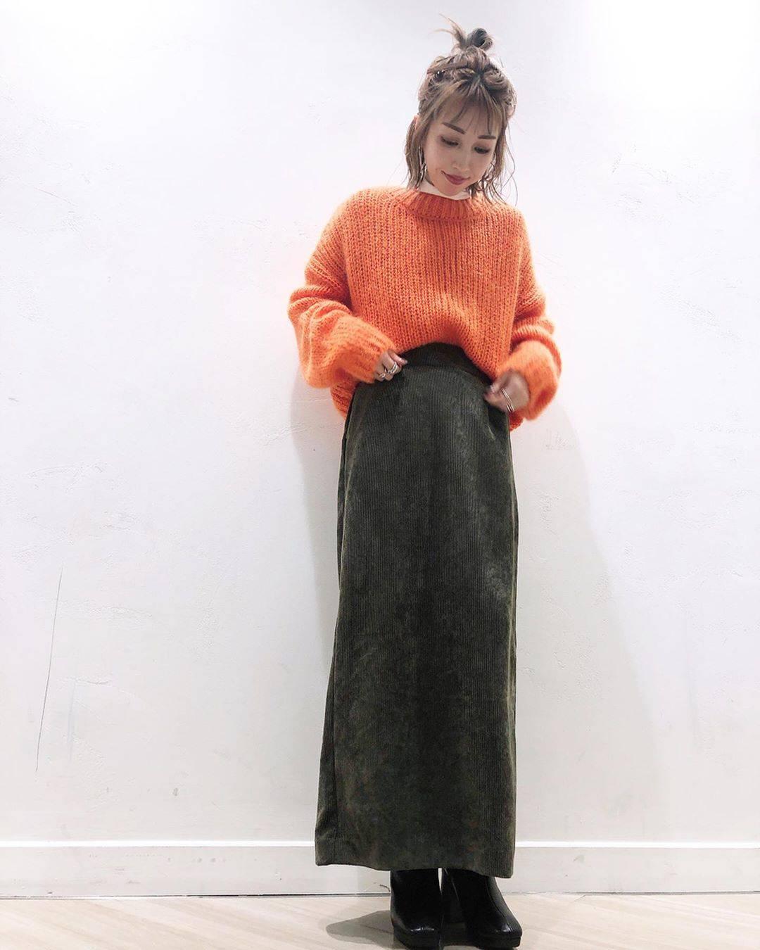 最高気温11度・最低気温8度 akaririri_1022の服装