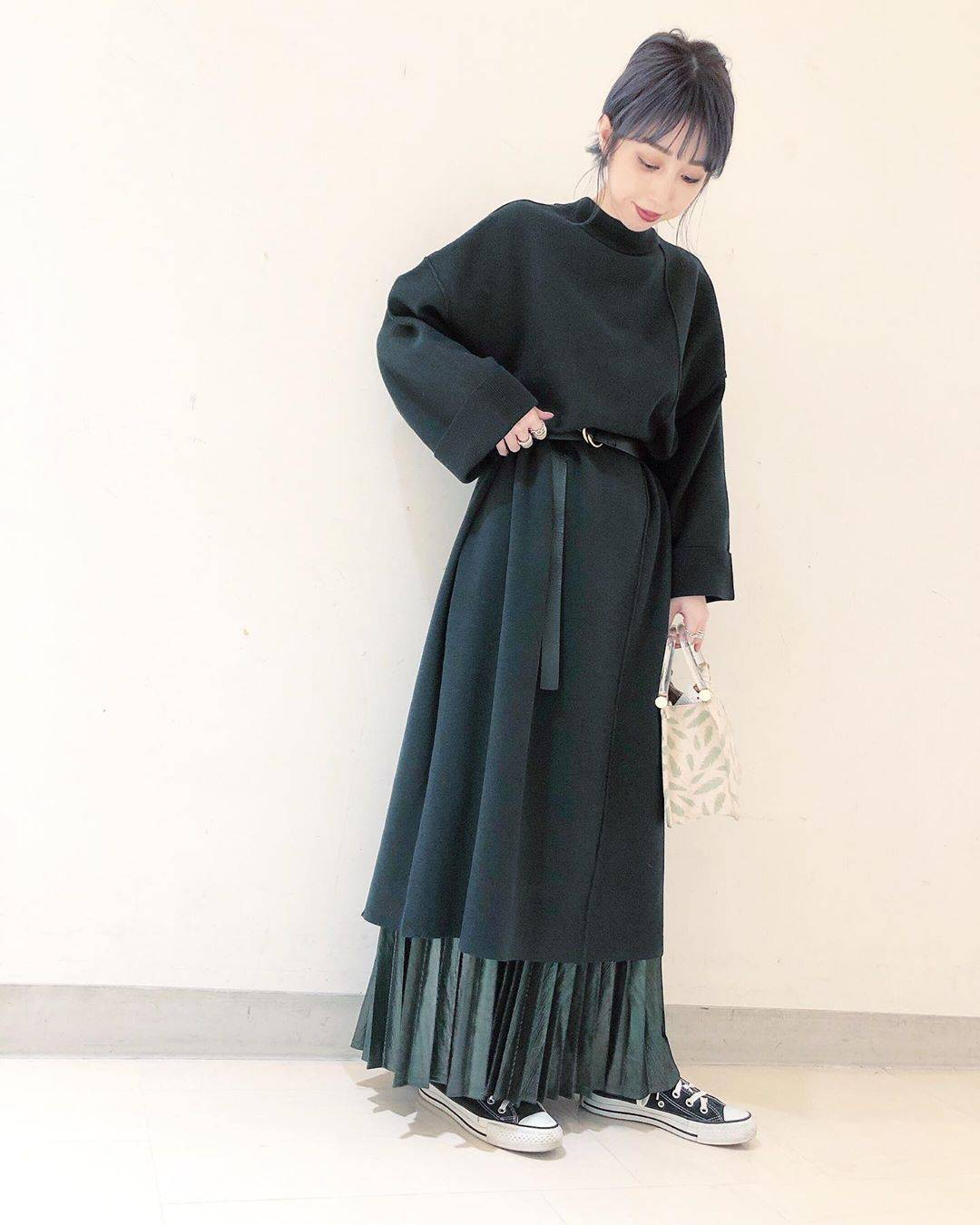 最高気温11度・最低気温4度 akaririri_1022の服装