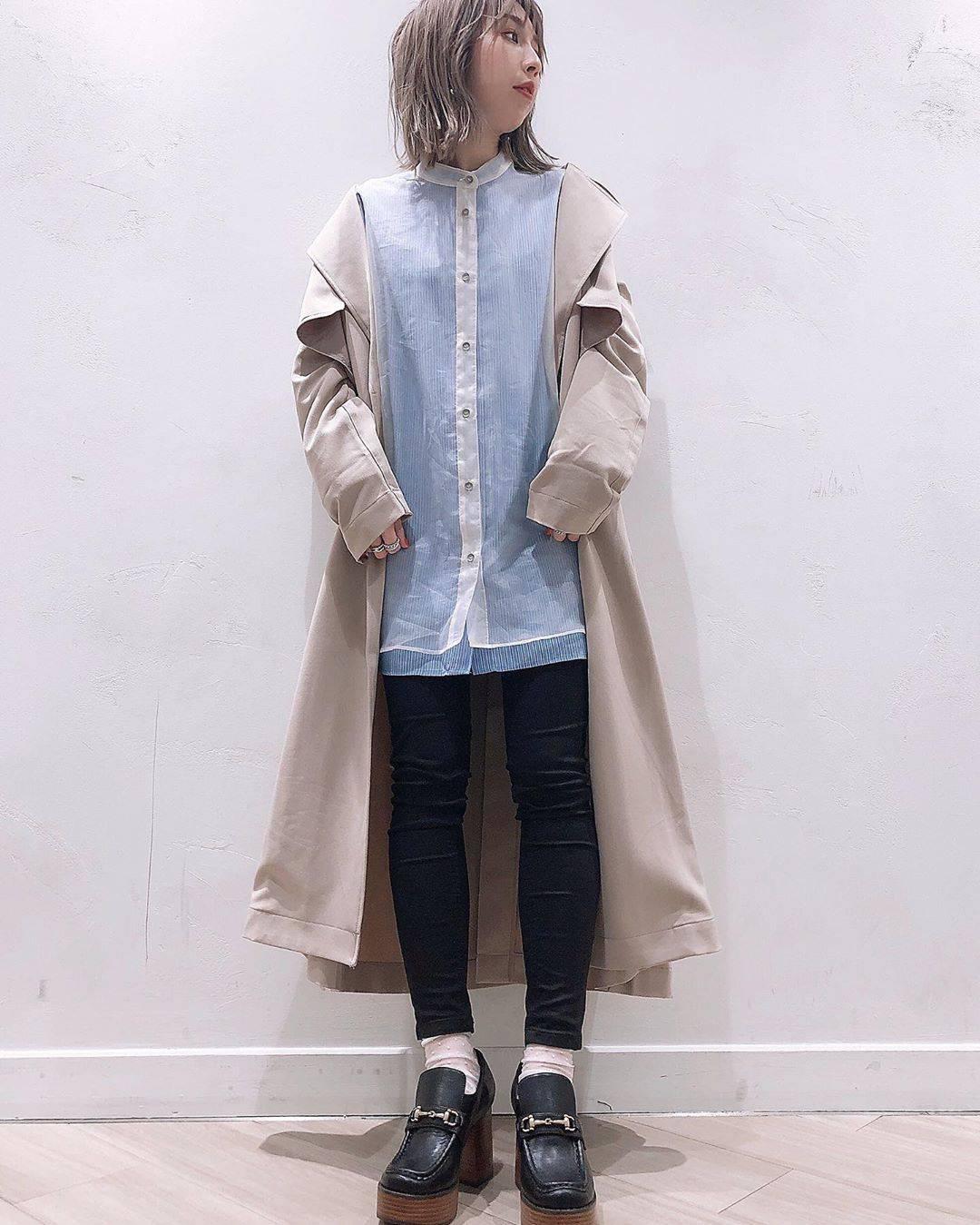 最高気温11度・最低気温1度 akaririri_1022の服装