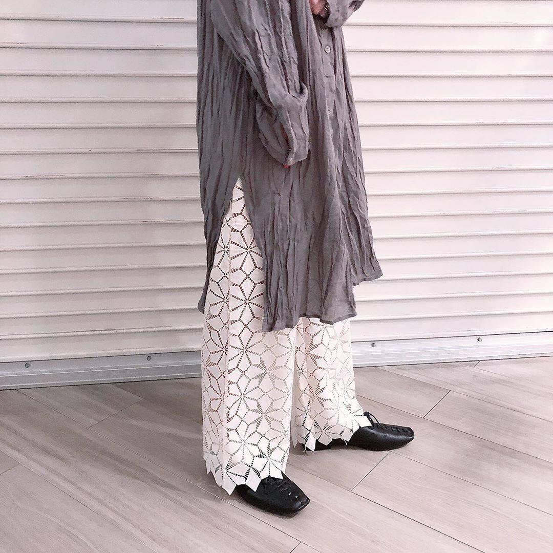 最高気温16度・最低気温5度 akaririri_1022の服装
