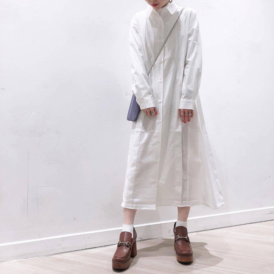 最高気温14度・最低気温5度 akaririri_1022の服装