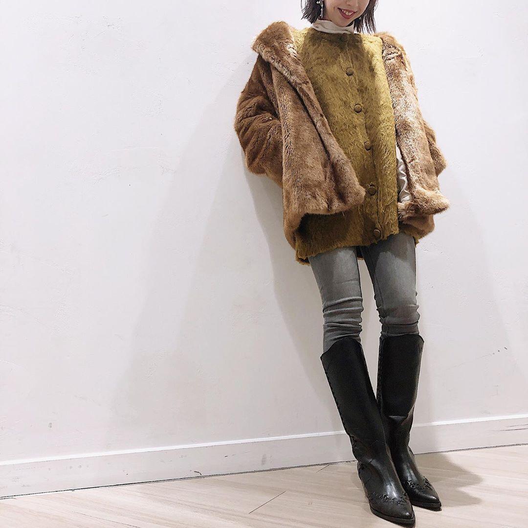 最高気温13度・最低気温5度 akaririri_1022の服装