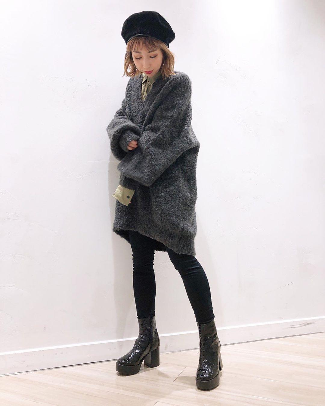 最高気温18度・最低気温15度 akaririri_1022の服装