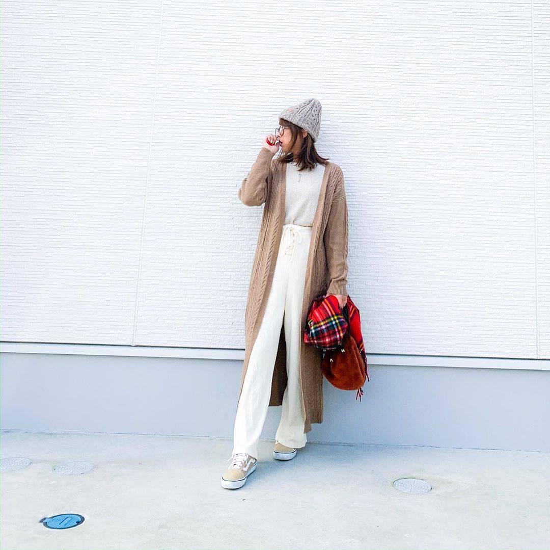 最高気温20度・最低気温11度 amhg0620の服装