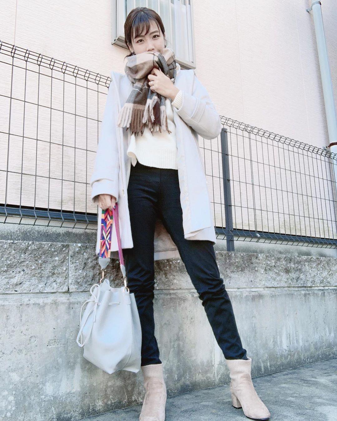 最高気温18度・最低気温10度 ayanishikadoの服装