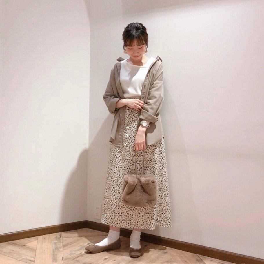 最高気温28度・最低気温19度 caaa____93の服装