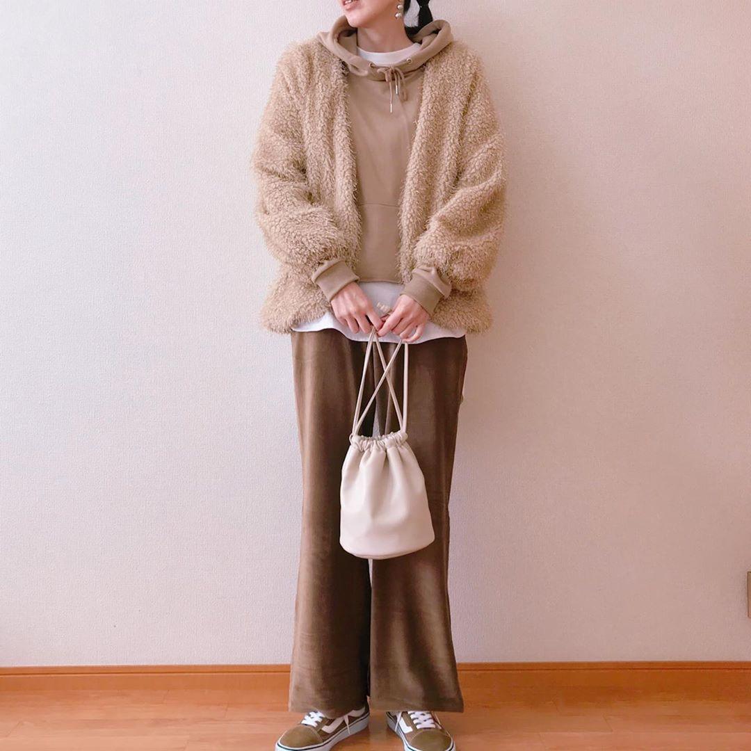 最高気温20度・最低気温10度 chiikotopの服装