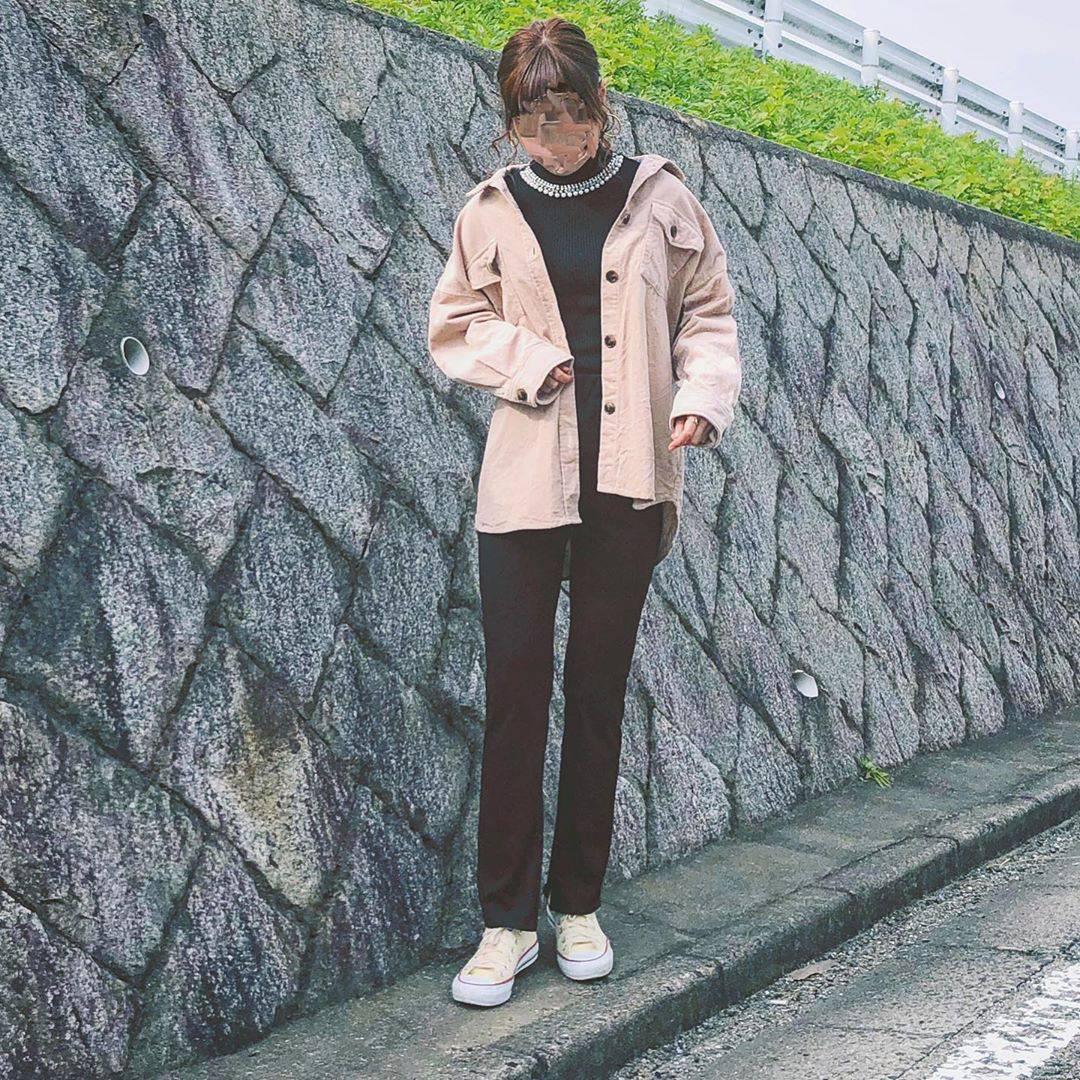 最高気温22度・最低気温13度 flower_22227の服装