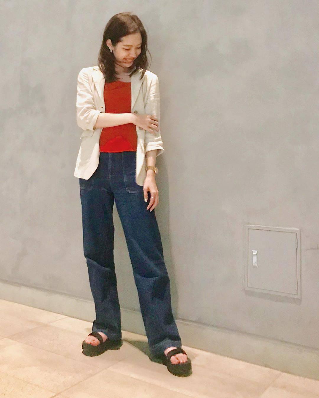 最高気温22度・最低気温13度 hikari_k0122の服装