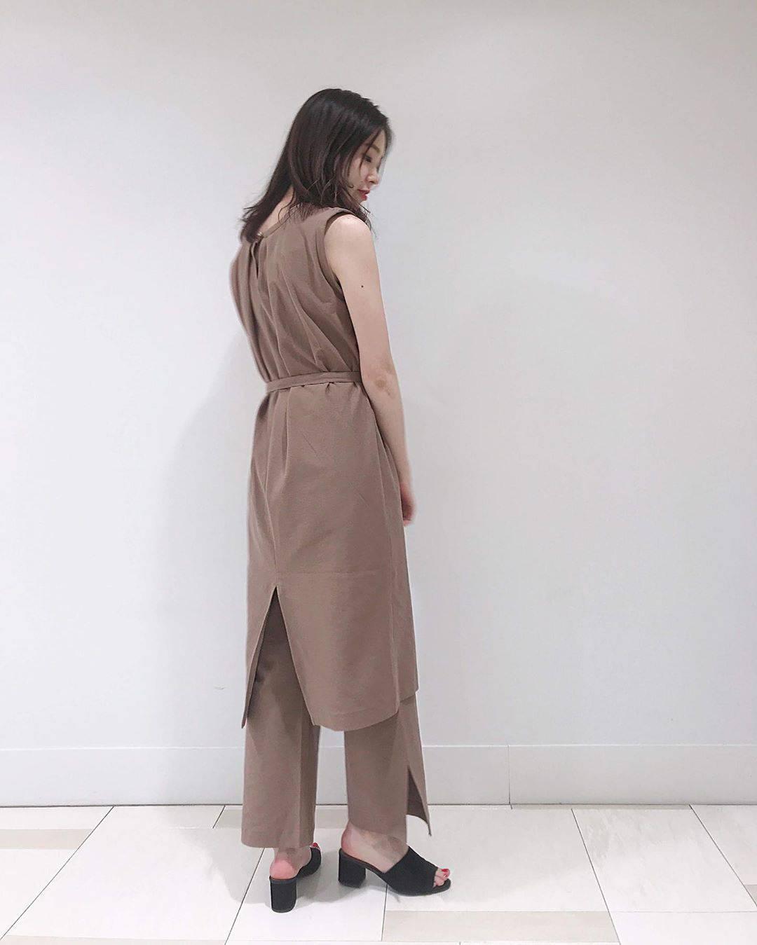 最高気温24度・最低気温20度 hikari_k0122の服装