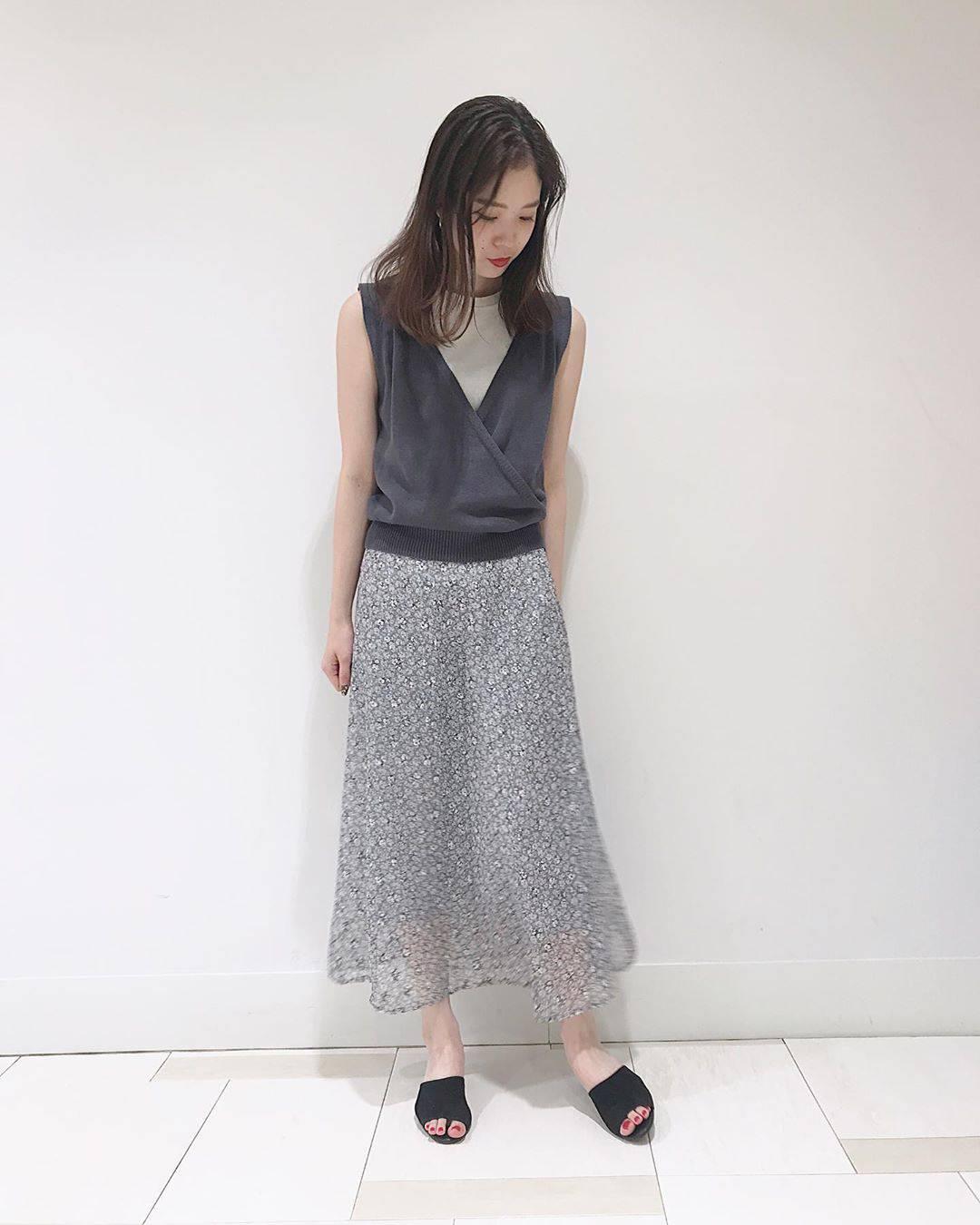 最高気温21度・最低気温17度 hikari_k0122の服装