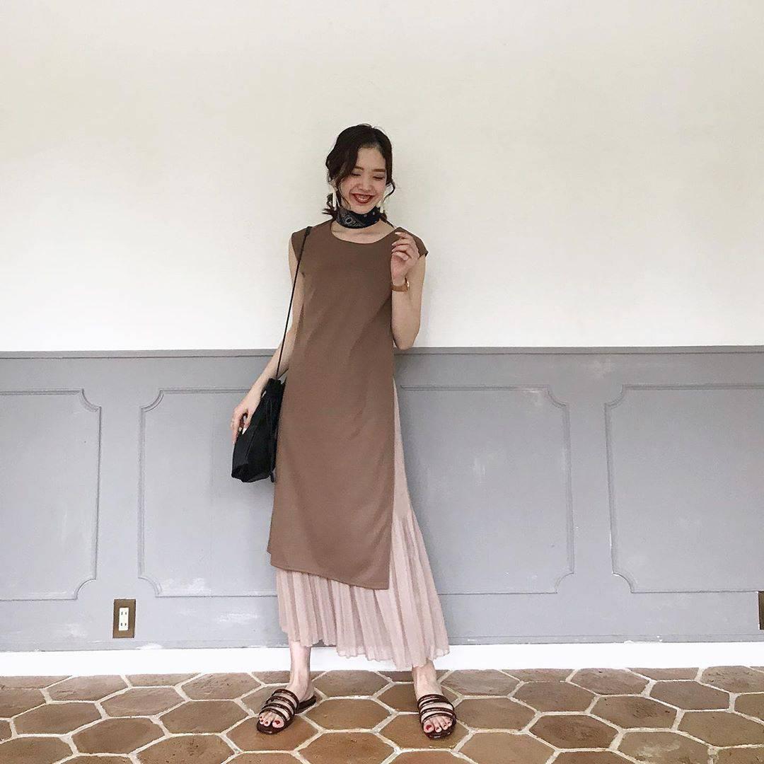 最高気温29度・最低気温22度 hikari_k0122の服装