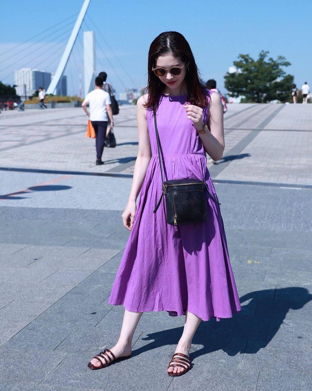 最高気温34度・最低気温25度 hikari_k0122の服装
