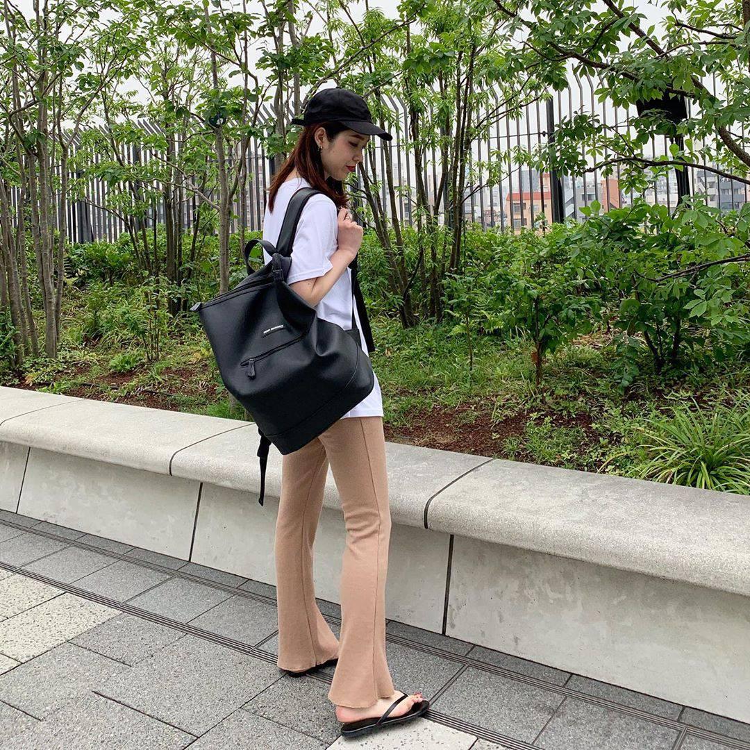 最高気温25度・最低気温20度 hikari_k0122の服装