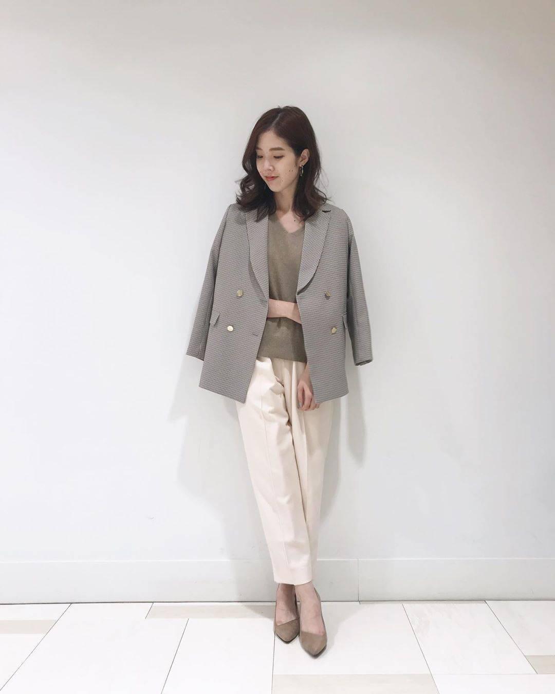 最高気温11度・最低気温3度 hikari_k0122の服装