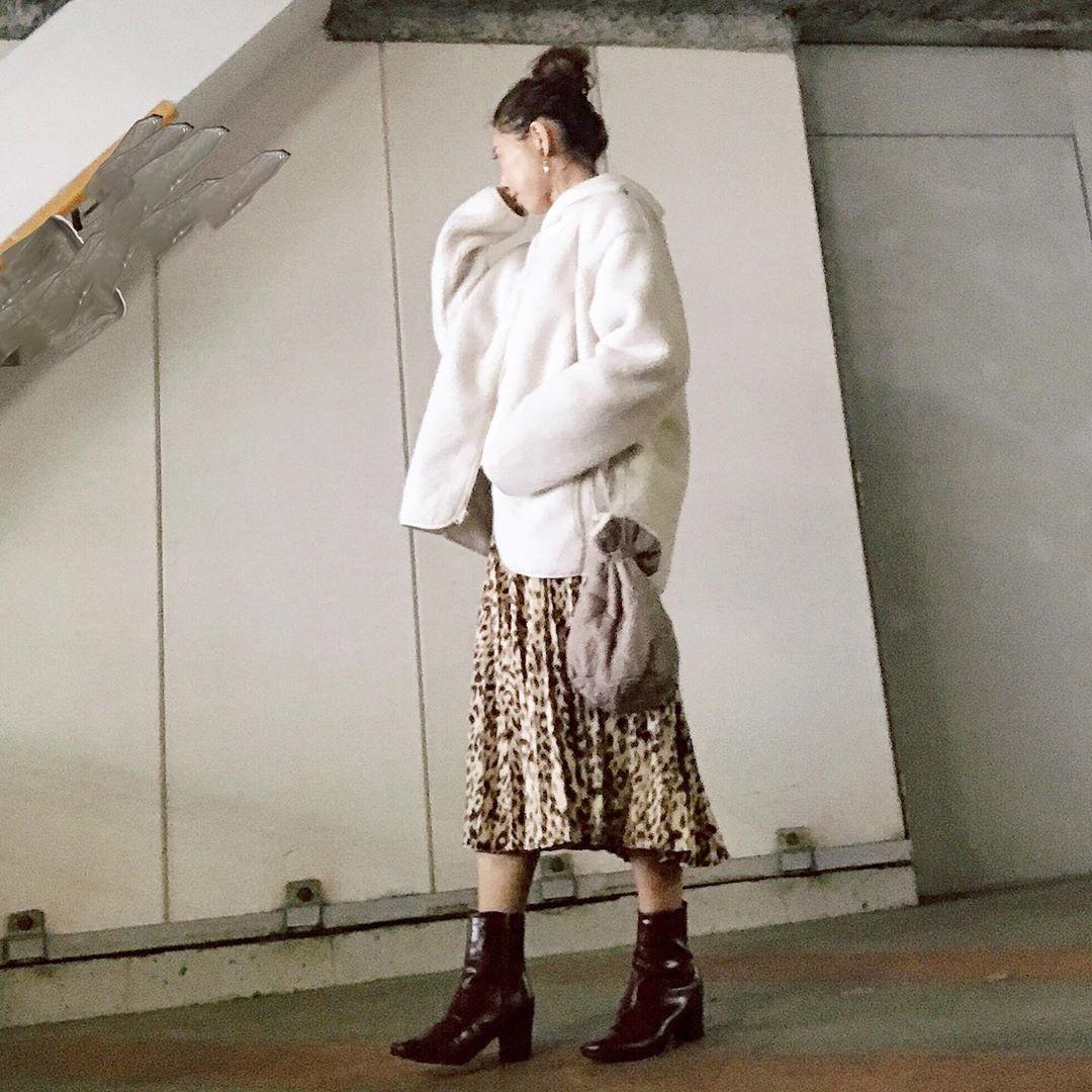 最高気温20度・最低気温10度 kaeee.yamの服装