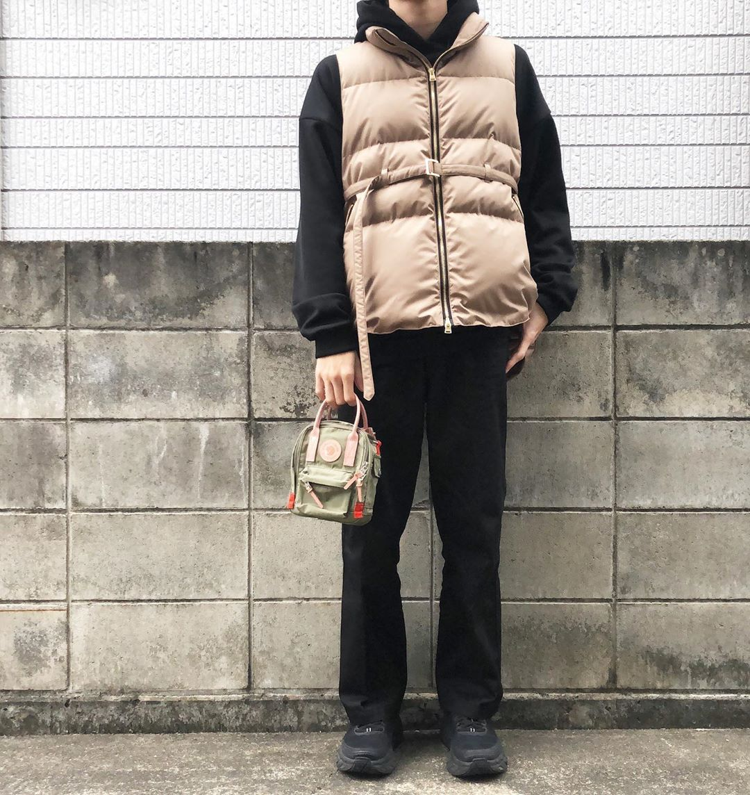 最高気温17度・最低気温6度 kamakama__genの服装