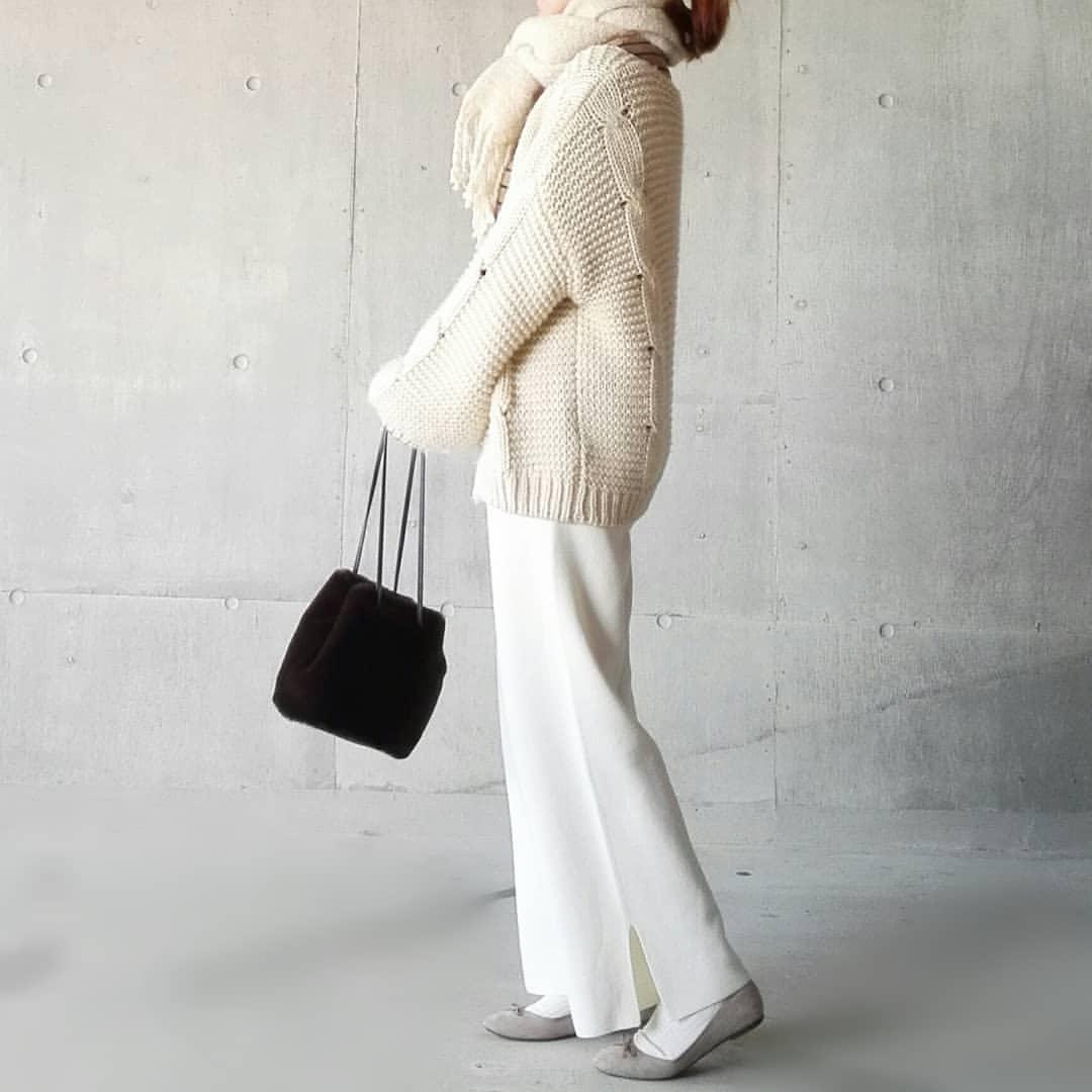 最高気温11度・最低気温1度 mamkorisaの服装