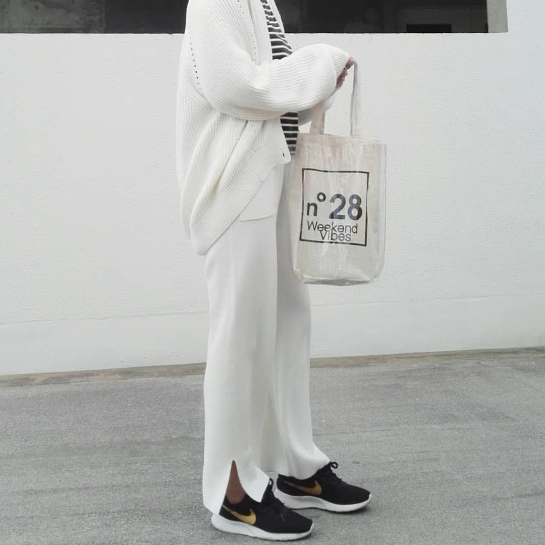 最高気温14度・最低気温5度 mamkorisaの服装