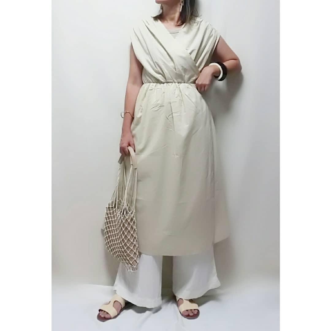 最高気温33度・最低気温25度 mamkorisaの服装