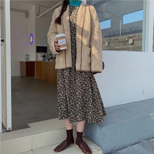 最高気温20度・最低気温10度 mokkoclosetの服装