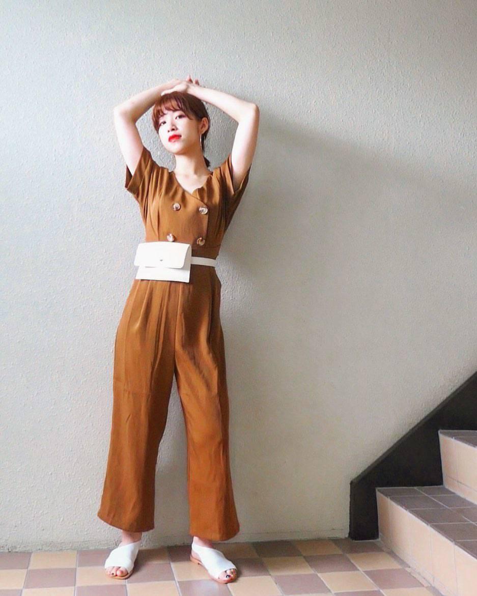 最高気温21度・最低気温17度 natsu_outfitsの服装
