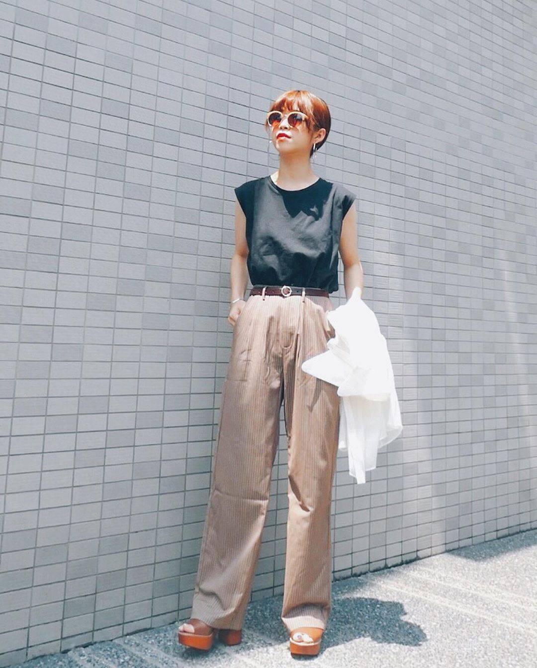 最高気温35度・最低気温27度 natsu_outfitsの服装