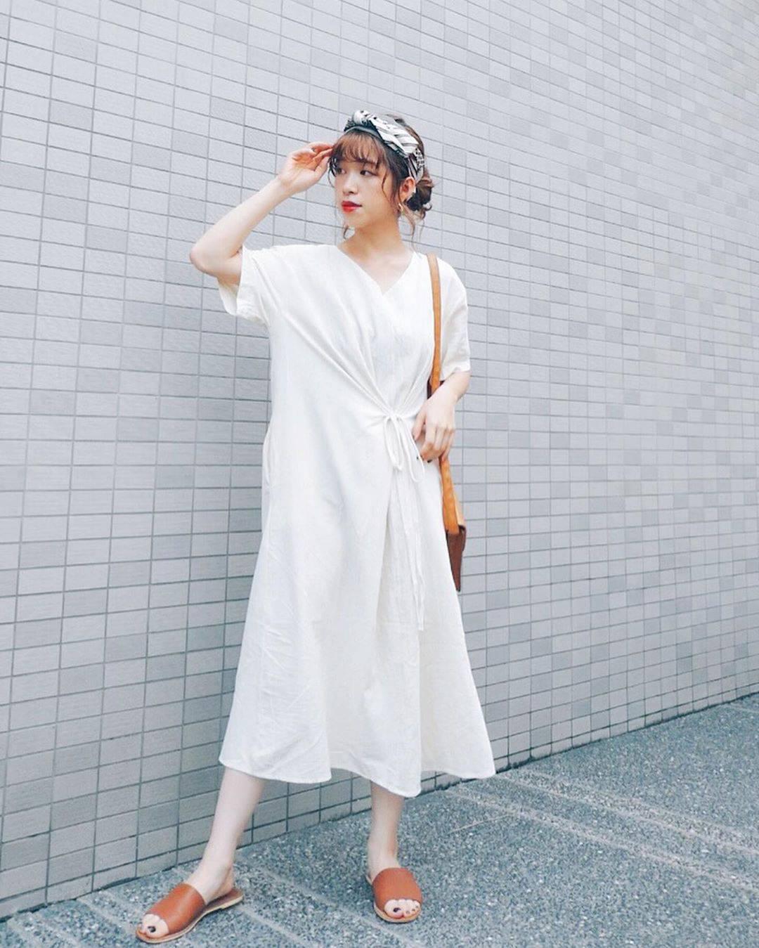 最高気温31度・最低気温20度 natsu_outfitsの服装