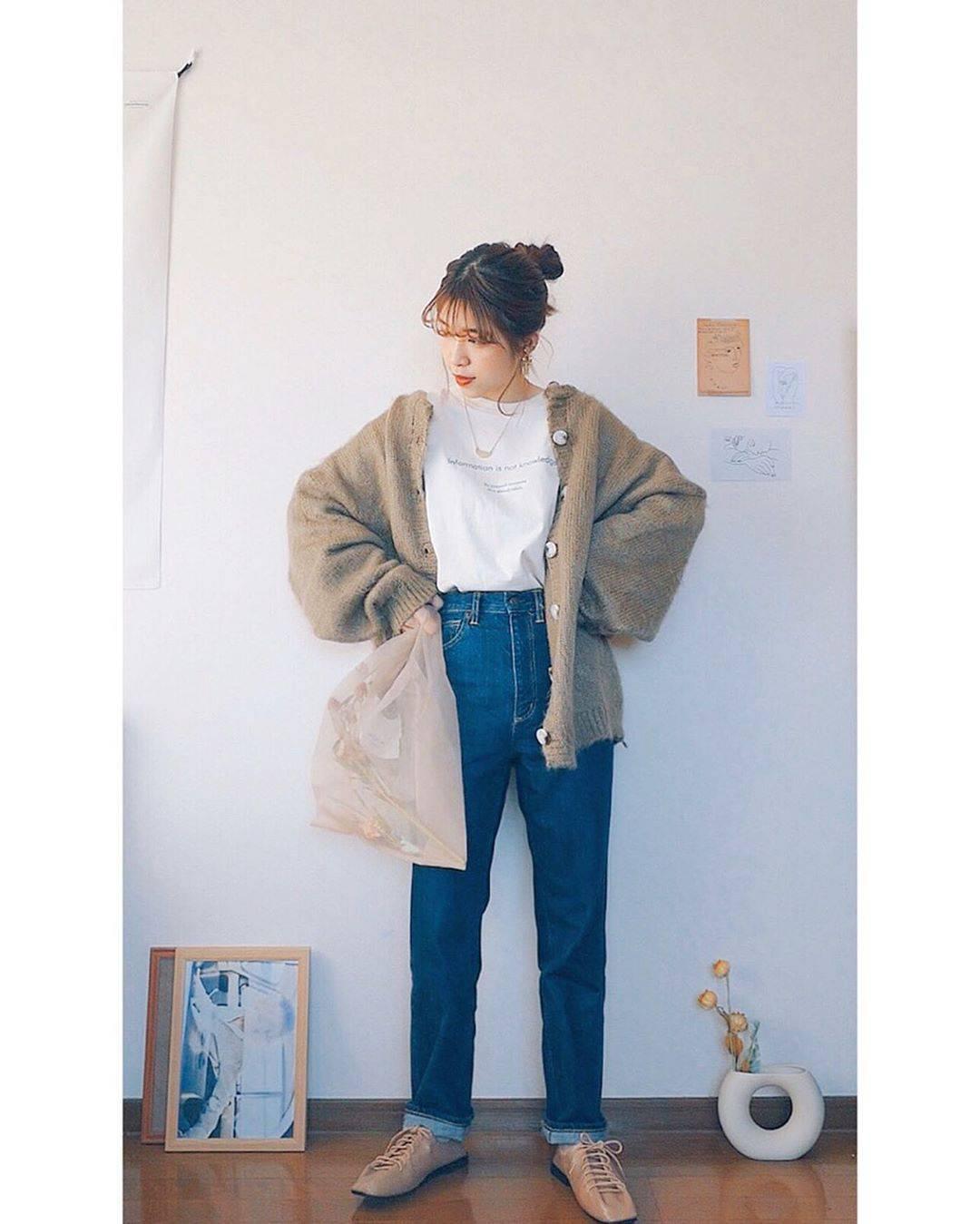 最高気温13度・最低気温3度 natsu_outfitsの服装