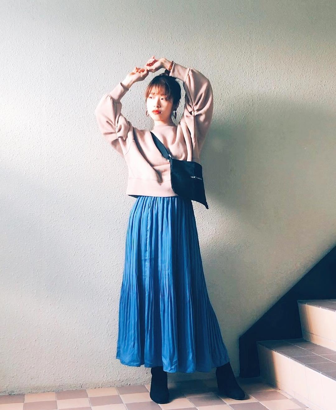 最高気温19度・最低気温9度 natsu_outfitsの服装