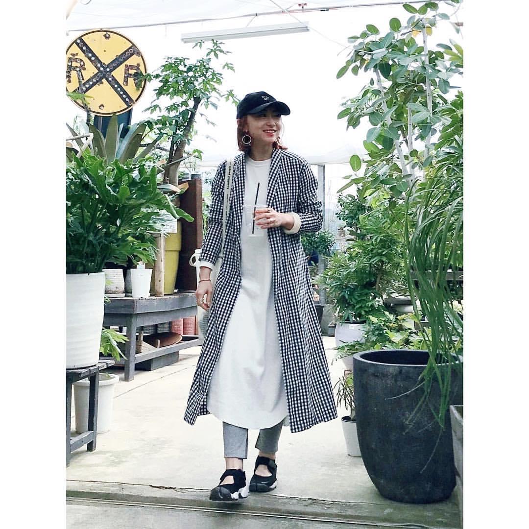 最高気温21度・最低気温11度 rainbowkwok2の服装