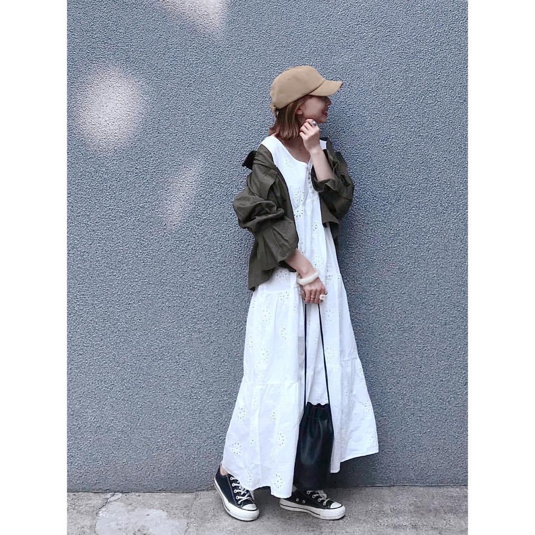 最高気温23度・最低気温15度 rainbowkwok2の服装