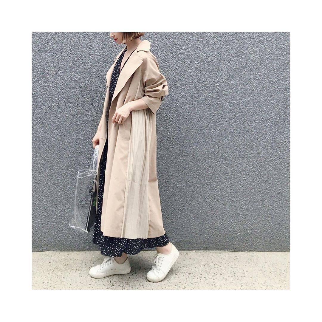 最高気温32度・最低気温18度 rainbowkwok2の服装