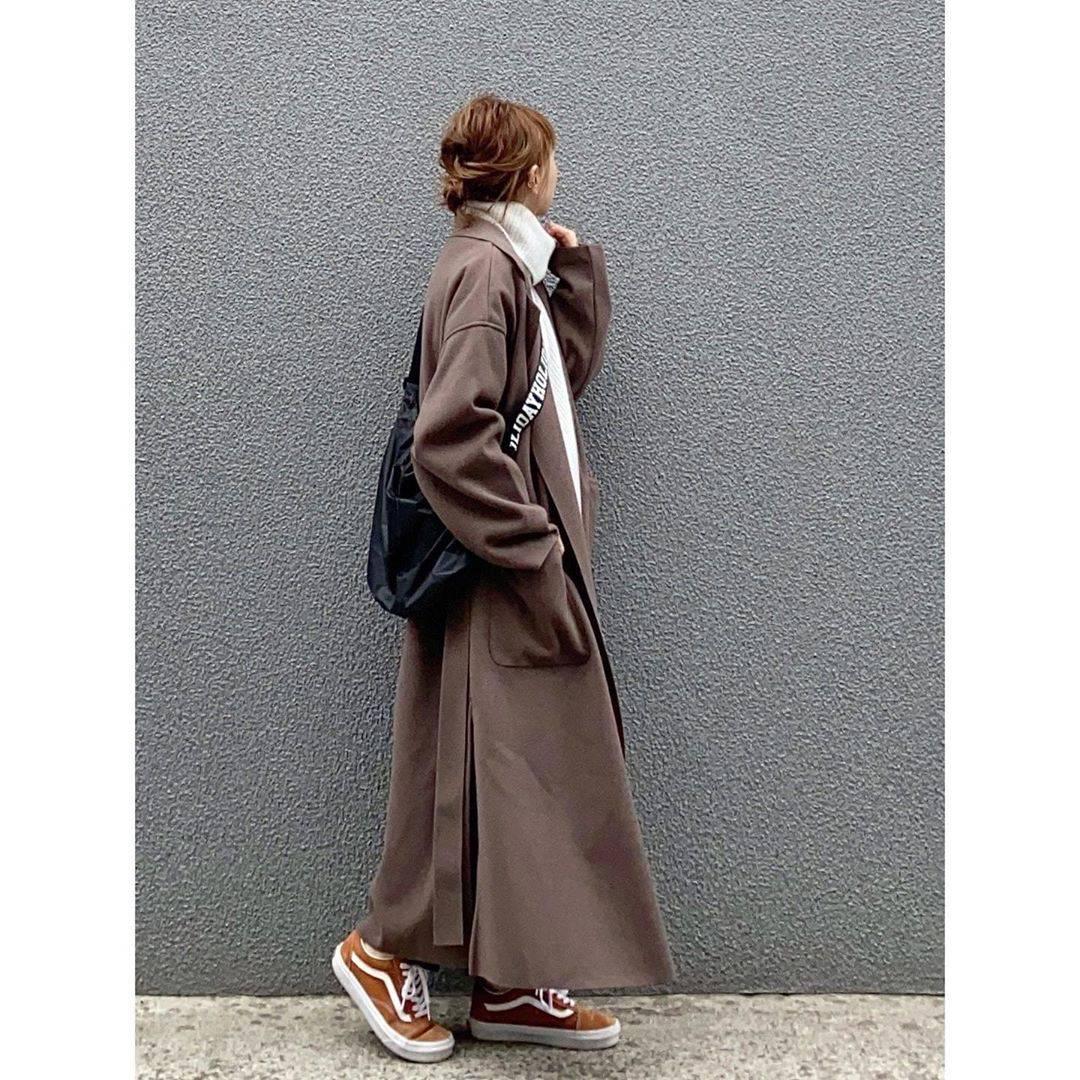 最高気温16度・最低気温3度 rainbowkwok2の服装