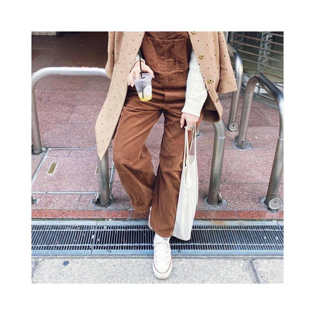 最高気温10度・最低気温3度 rainbowkwok2の服装