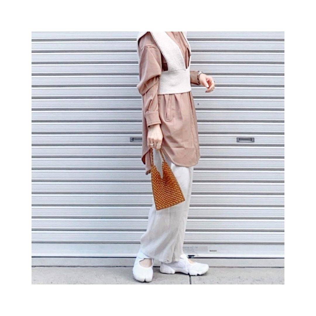 最高気温18度・最低気温5度 rainbowkwok2の服装